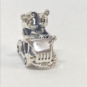 Authentic PANDORA Minnie & Mickey Vintage Car